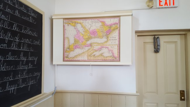 schoolroom map Printed on cotton roller shade